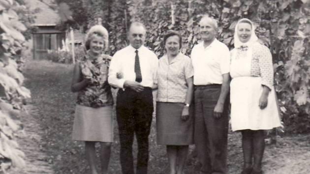 Rodina Šimíkova z Polešovic, rok 1967.