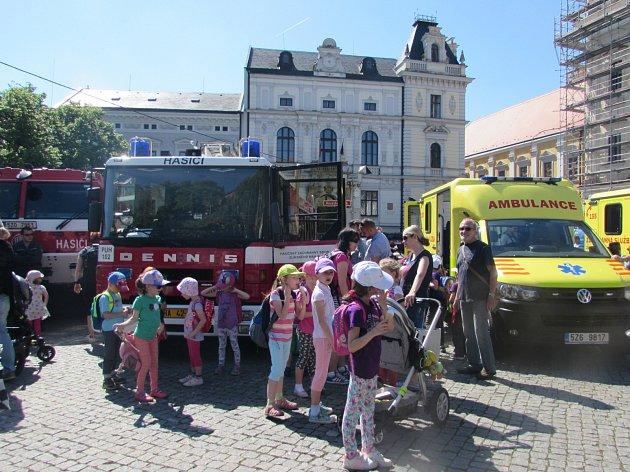 Masarykovo náměstí v Uherském Hradišti hostilo hasiče, policisty i zdravotníky.
