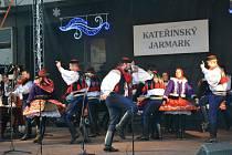 Kateřinský jarmark v Uherském Brodě. Ilustrační foto