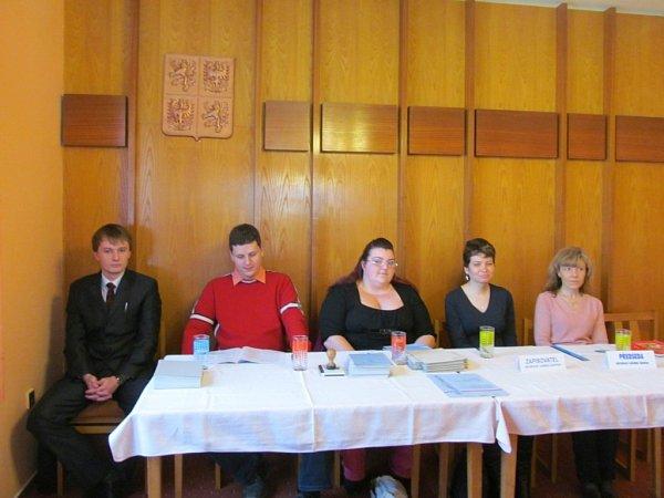 Členové volební komise vDrslavicích