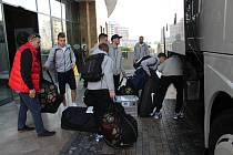 Stěhování fotbalistů 1,FC Slovácko z hotelu Aska Lara do komplexu Titanic.