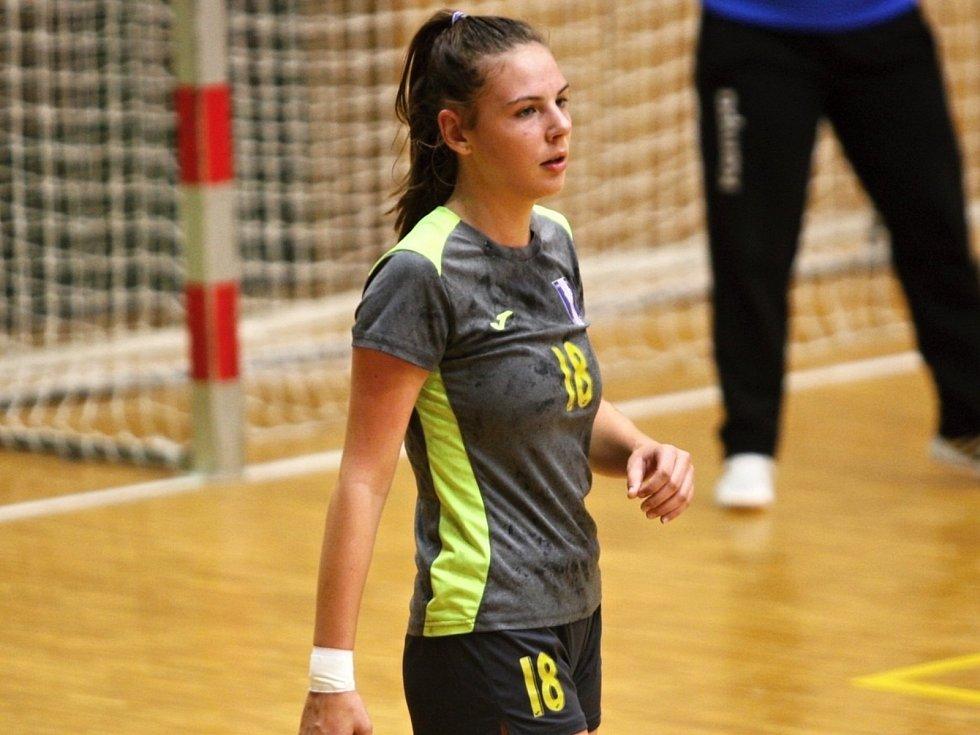 Mladá házenkářka Kunovic Barbora Grabcová studuje na Střední zdravotnické školy v Uherském Hradišti.