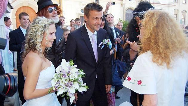 Kapitán 1. FC Slovácko Vít Valenta vstoupil v pátek 20. srpna do svazku manželského.