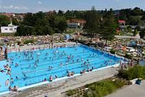 Poslední víkend, charakteristický tropickými teplotami, znamenal pro mnoho koupališť v regionu rekordní návštěvnost. Mezi ně patří také hradišťský aquapark.