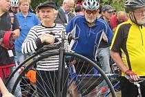 Propojka cyklostezky z Uherského Brodu do Šumic byla slavnostně otevřena v pátek 4. dubna v 16. hodin.