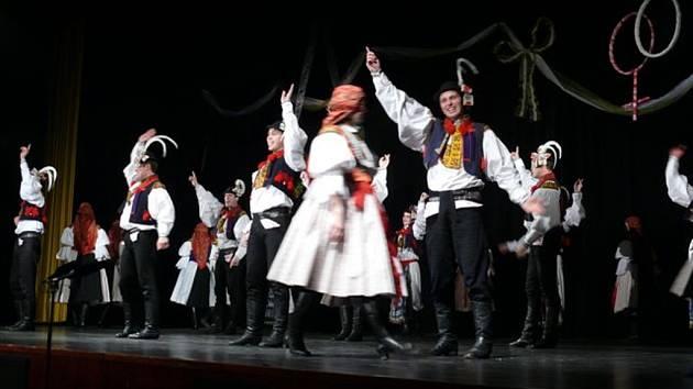Michael Lapčík se odvážně pustil i do složitějších tanečních kreací.