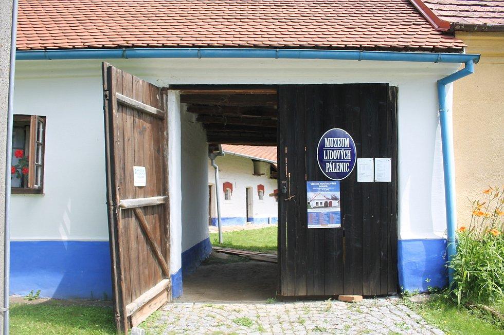 Otevření památných domků na Slovácku 27. - 28.6. 2020.Muzeum pálenic Vlčnov.