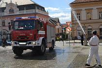 Dobrovolní hasiči v Brodě dostali od města nové auto za dva miliony korun