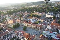Uherský Brod z výšky. Ilustrační foto.