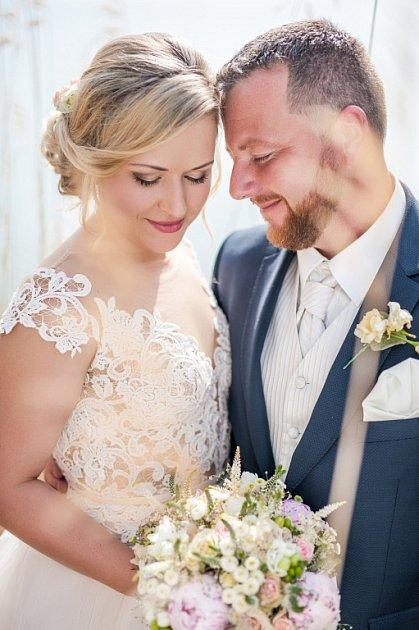 Soutěžní svatební pár číslo 99 - Míša a Petr Kvapilovi, Litovel