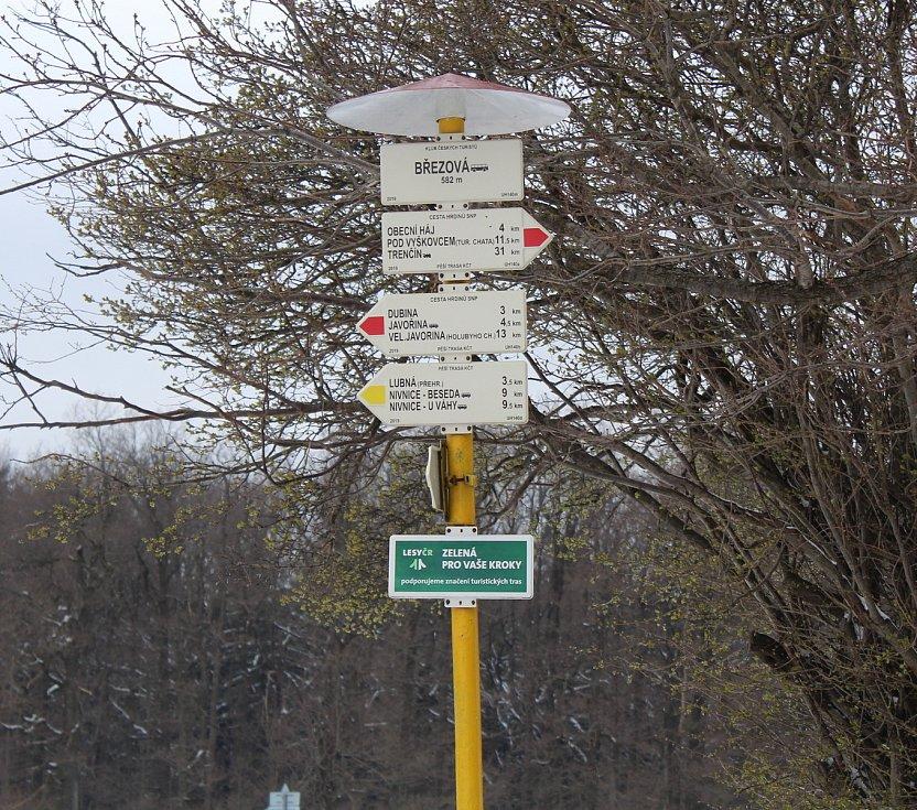 Prohlídka Březové, vesnice pod Velkým Lopeníkem na moravsko-slovenském pomezí.