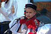 Jeden džbáneček si vyzpíval i žák třetí třídy Základní školy Polešovice Samuel Pestl.