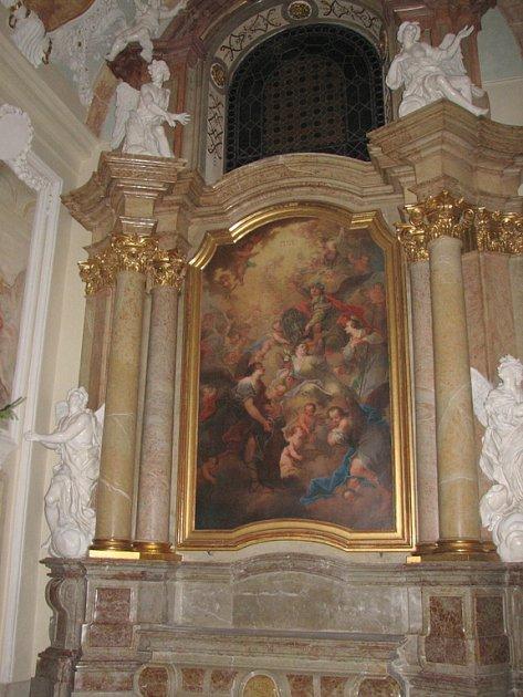 Kaple Andělů strážných září novotou.