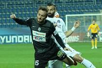 1. FC Slovácko - FK Jablonec. Martin Doležal a Tomáš Košút.