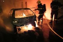 Požár automobilu v Boršicích. Sobota 7. března 2021.