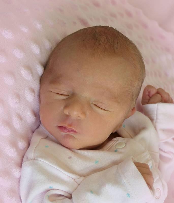 Marie Fiedlerová, Bánov, narozena 28. dubna 2021 v Uherském Hradišti, míra 44 cm, váha 2180 g