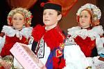 Třináctiletý Petr Šobáň statečně ustál nápor fotoaparátů a všem ochotně pózoval.