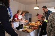 Ve skanzenu Rochus se vařilo, peklo, smažilo podle receptů Slovácké kuchařky