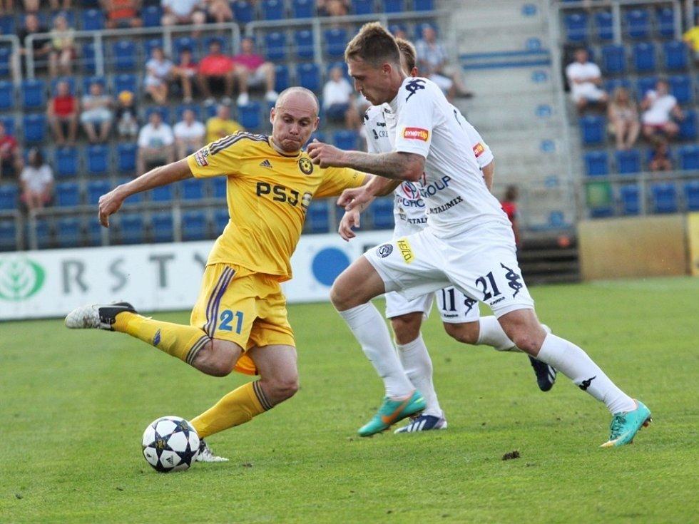 1. FC Slovácko - Jihlava. Václav Koloušek a Milan Kerbr. Ilustrační foto