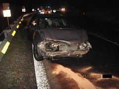 Řidič nezvládl průjezd zatáčkou.
