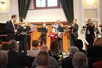 V Redutě se ve středu 27. dubna představili talentovaní muzikanti z řad dětí.
