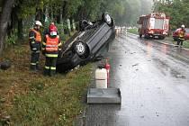 Řidiči o víkendu bourali kvůli špatnému počasí.