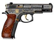 Darem premiéra Babiše pro Donalda Trumpa je pistole z Uherského Brodu CZ 75 Republika.