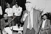 Vzpomínka na Vladimíra Renčína, který věnoval své kresby do dražby na obnovu Slovácké búdy v Uherském Hradišti