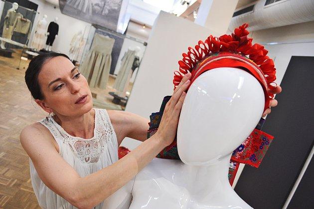 Nová výstava Slováckého muzea Pod povrchem ornamentu odhaluje kroj jako módní fenomén.FOTO: Pavel Princ