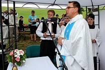 U břestecké kapličky Panny Marie Sedmibolestné se v sobotu odpoledne uskuteční poutní mše svatá.