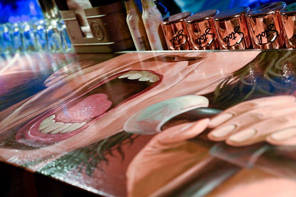 DÉJÁVU Music Club Prague v centru hlavního města trpí kvůli koronavirovým restrikcím.