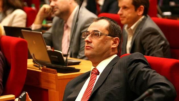Zasedání Zastupitelstva hlavního města Prahy ve čtvrtek  24. listopadu, Na snímku Boris Šťastný.