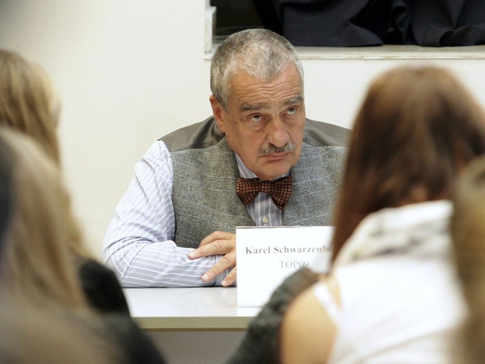 Studentská debata – Studentské předčasné parlamentní volby 2013, dům ABT.