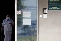Protiepidemický režim na vinohradském hematologickém oddělení má zabránit dalšímu rozšíření nemoci