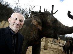 ÚSPĚŠNÝ ŘEDITEL. Petr Fejk si po rockovém klubu a zoologické zahradě chce zkusit řídit Český dům v New Yorku.