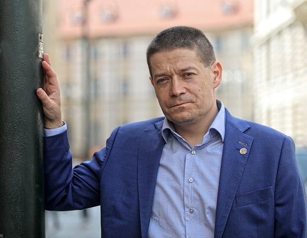 Ekonom a poslanec Patrik Nacher.