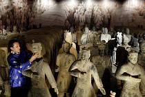Výstava Terakotová armáda, která zobrazuje model hrobky prvního čínského císaře Š-chuang-tia.