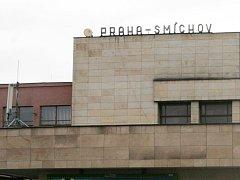 Budova nádraží Praha Smíchov. Ilustrační foto.