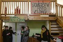 Pražský happening Stop Airbnb.