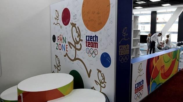 Fan Zone Czech Team OC Quadrio