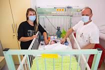 V motolské nemocnici voperovali srdeční defibrilátor teprve dvouměsíčnímu chlapci.