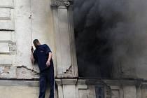 Zásah hasičů v Husitské ulici na Žižkově.