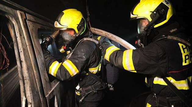 Požár v Hostivaři.