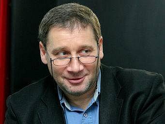 PRINCIPÁL. Tomáš Töpfer slibuje české premiéry.