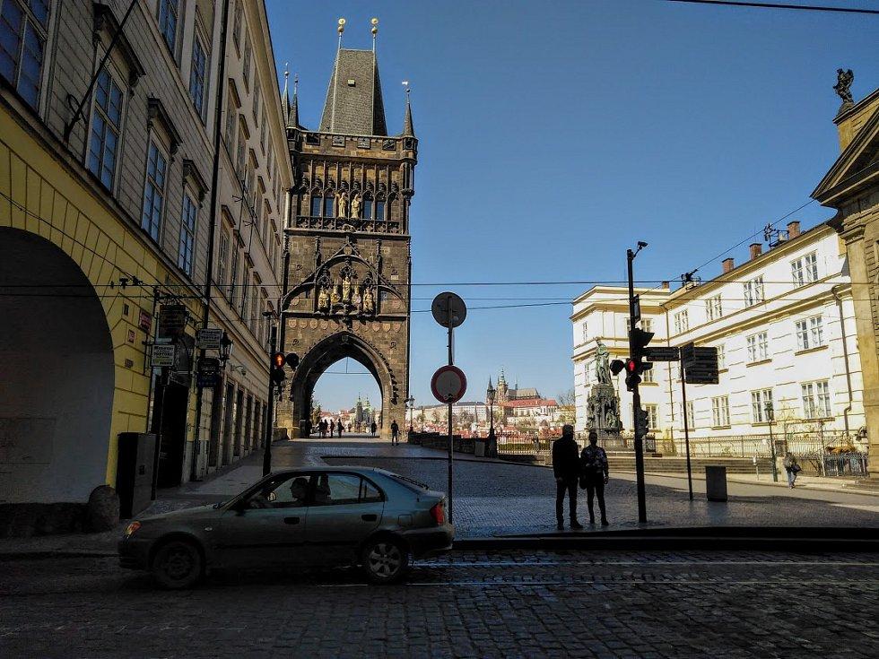 Karanténa vyprázdnila centrum metropole. Křížovnické náměstí.