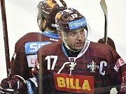 Hokejisté Vítkovic rozehráli semifinálovou sérii s Pardubicemi excelentně.