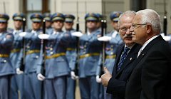 Prezident Václav Klaus přijal 29. června na Pražském hradě slovenského prezidenta Ivana Gašparoviče a jeho manželku Silvii.