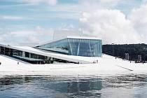 Příklady propojení filharmonie s řekou.
