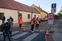 """Praha testuje projekt """"Školní ulice"""". Pomůže bezpečnosti dětí při provozu v okolí základních škol."""