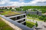 Stavba centrály ČSOB – ČSOB Kampus byla navržena tak, aby byla v souladu s okolím Radlického údolí.